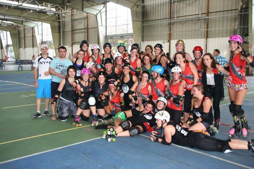 Fin du match Oxy / Punkettes - Photo de famille